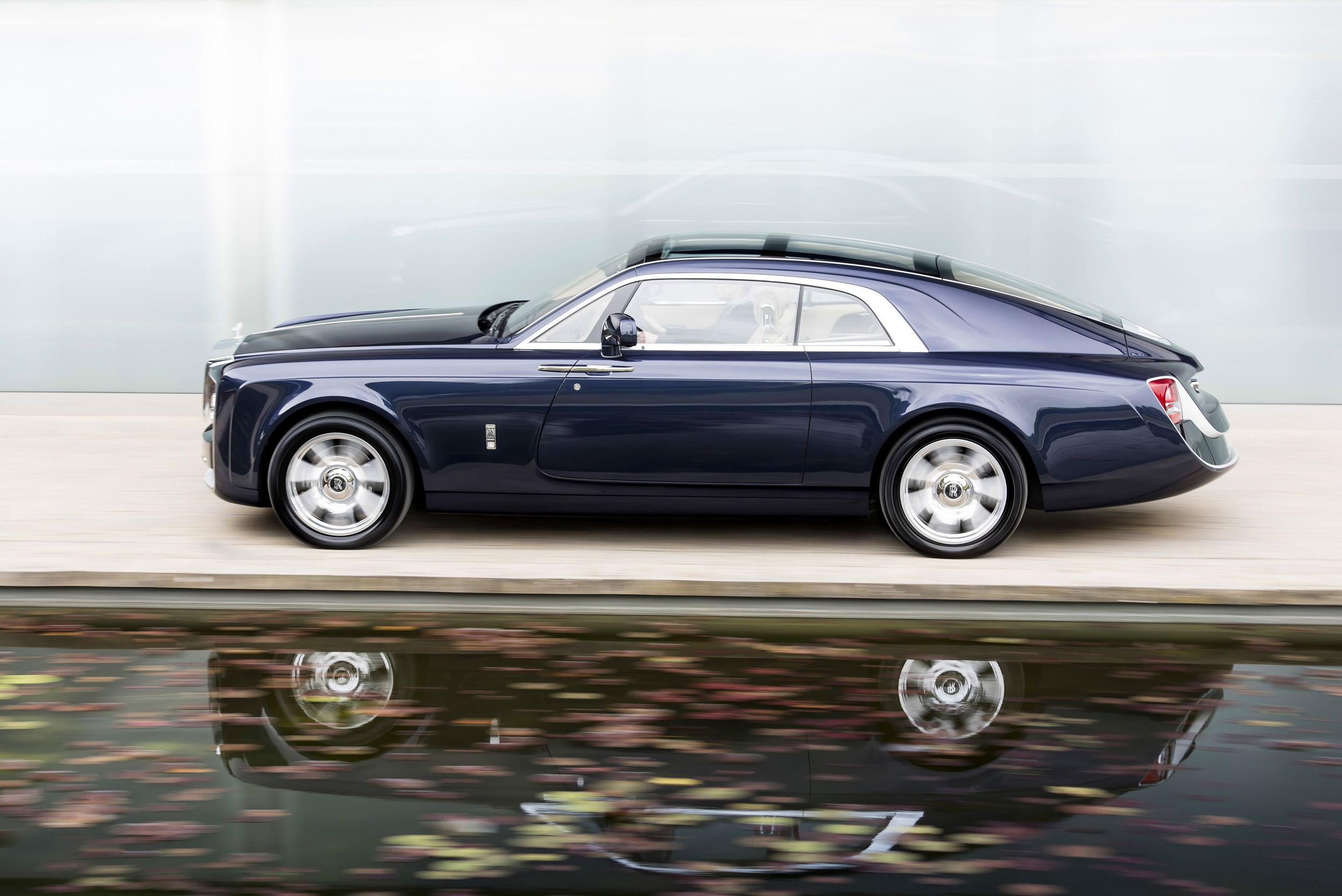 ROLLS-ROYCE 'SWEPTAIL' - THE REALISATION OF ONE CUSTOMER'S COACHBUILT DREAM