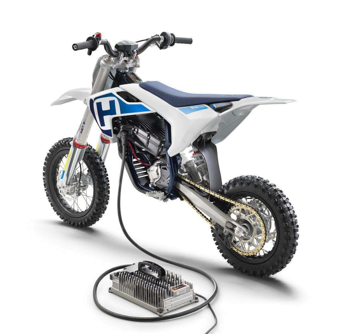 Husqvarna Motorcycles EE 5