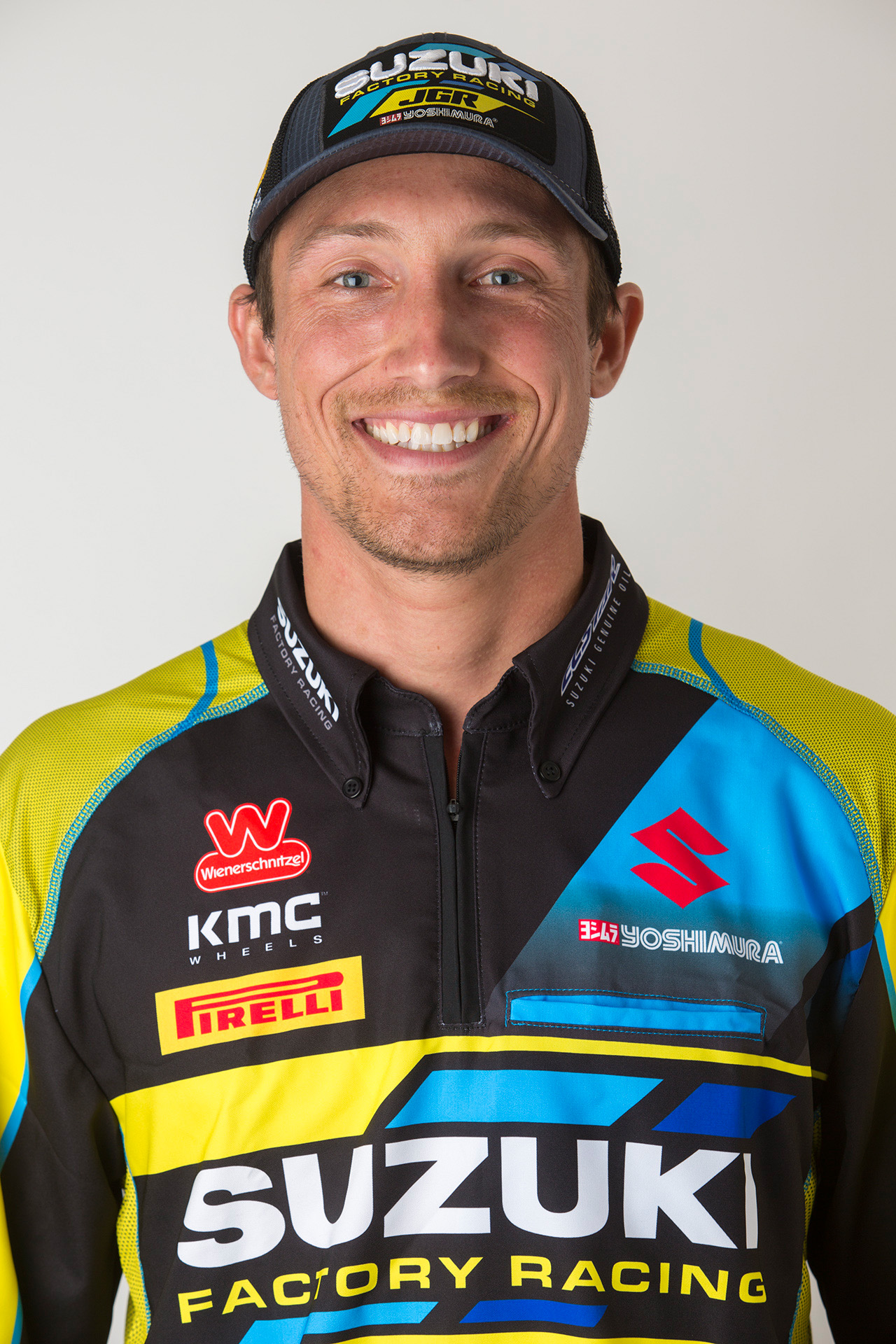 Kyle Chisholm (#11) joins the JGRMX-Yoshimura-Suzuki Racing Team on a round-by-round basis