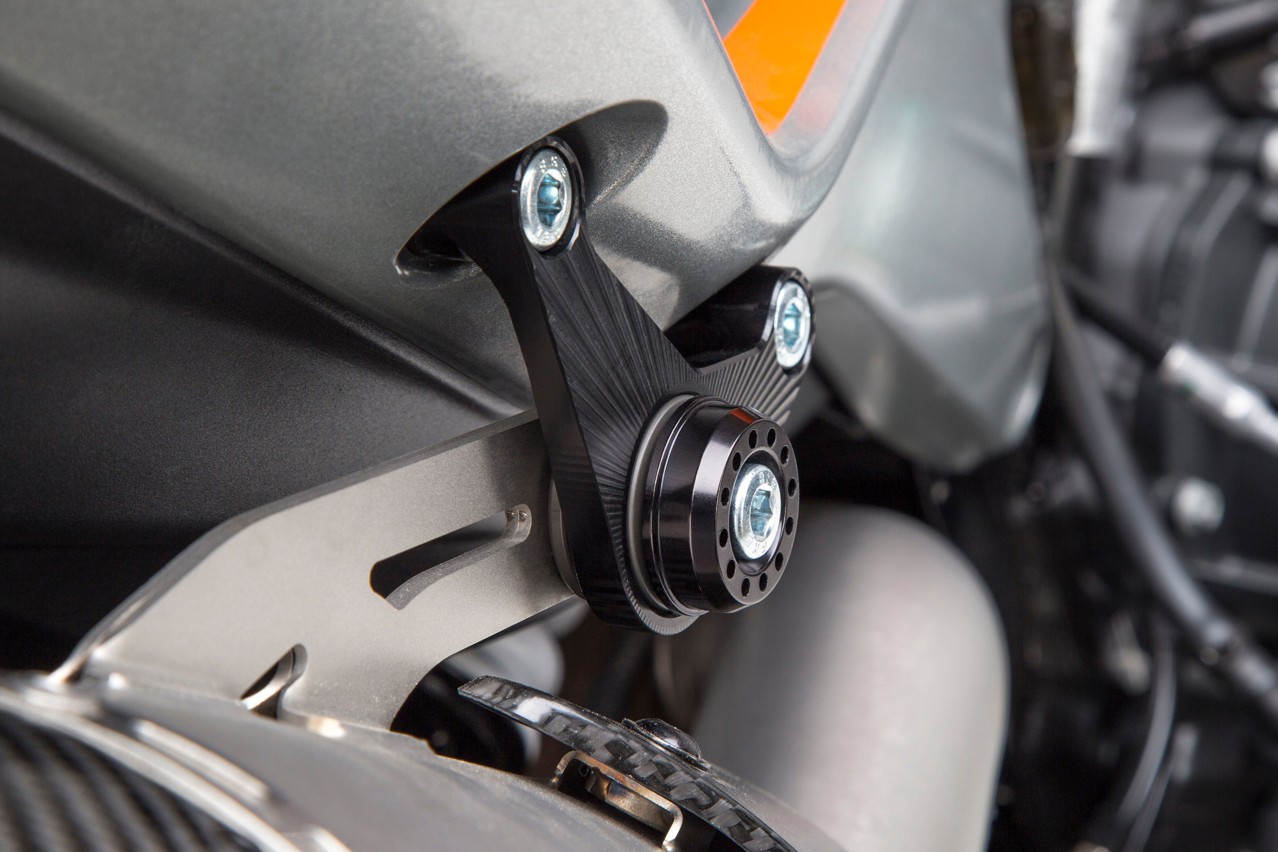 Yoshimura - KTM 790 Duke Muffler Bracket Kit