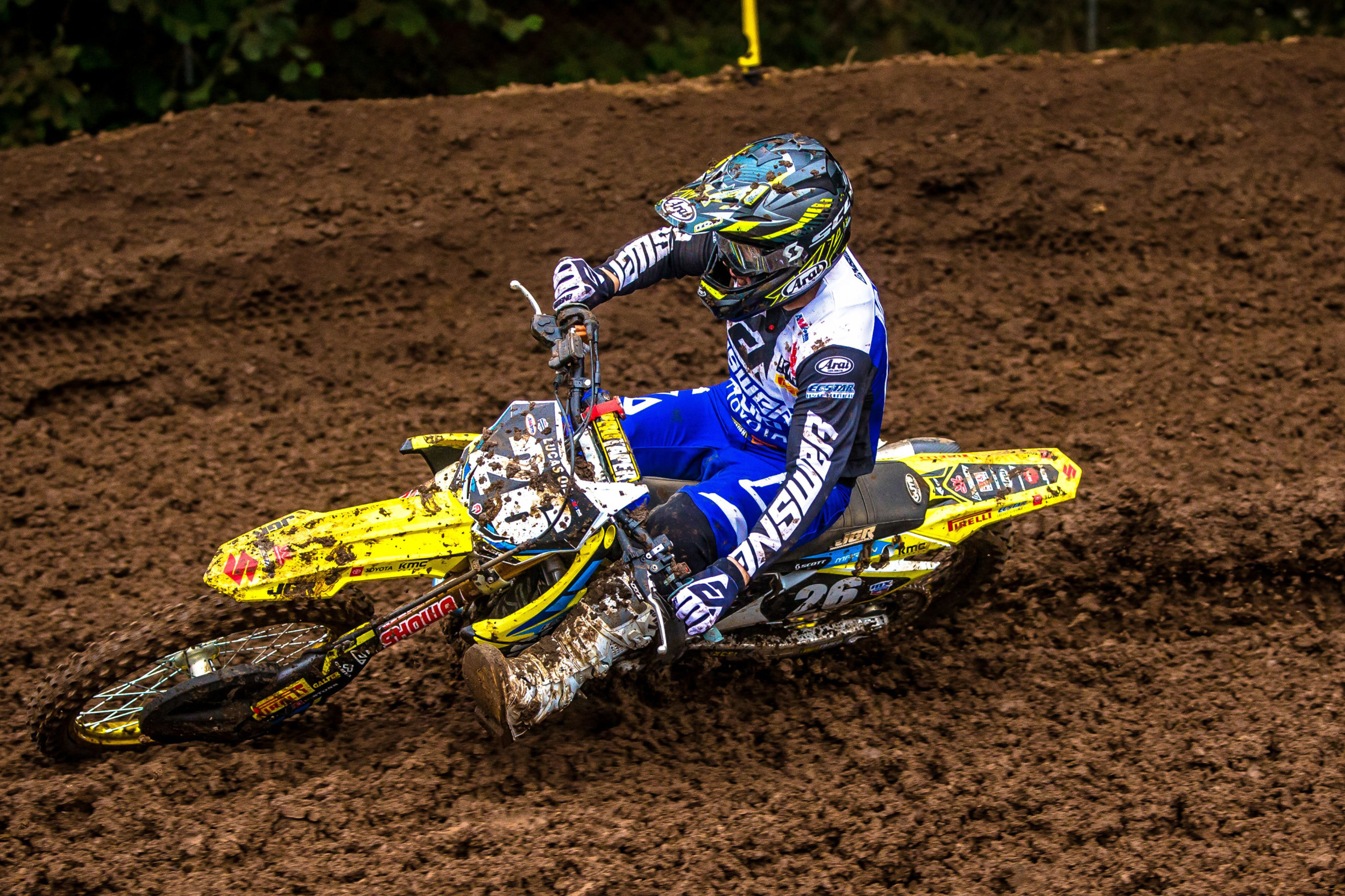 Alex Martin (#26) pushes through the muddy conditions to remain in the top-ten - Washougal National