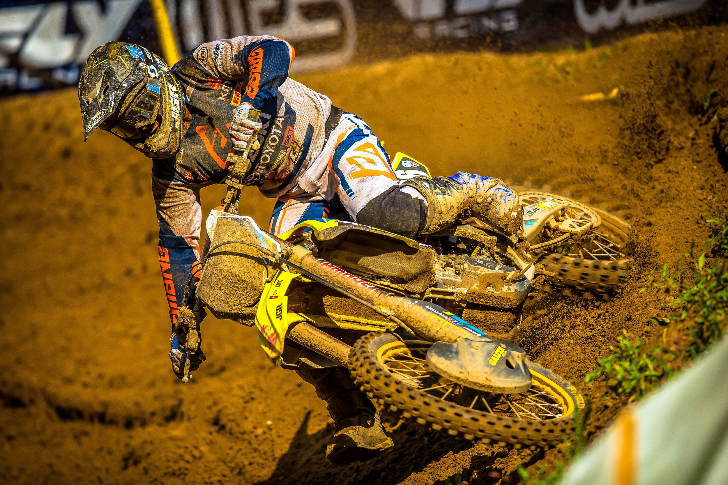 Alex Martin (#26) scores sixth overall proving speed and improved starts on his RM-Z250 - Southwick National