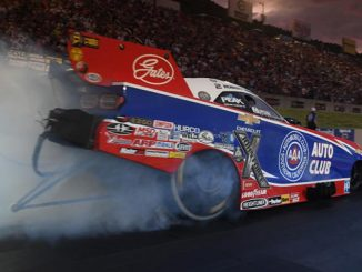 Funny Car - Robert Hight - Dodge Mile-High NHRA Nationals No.1 Qualifier