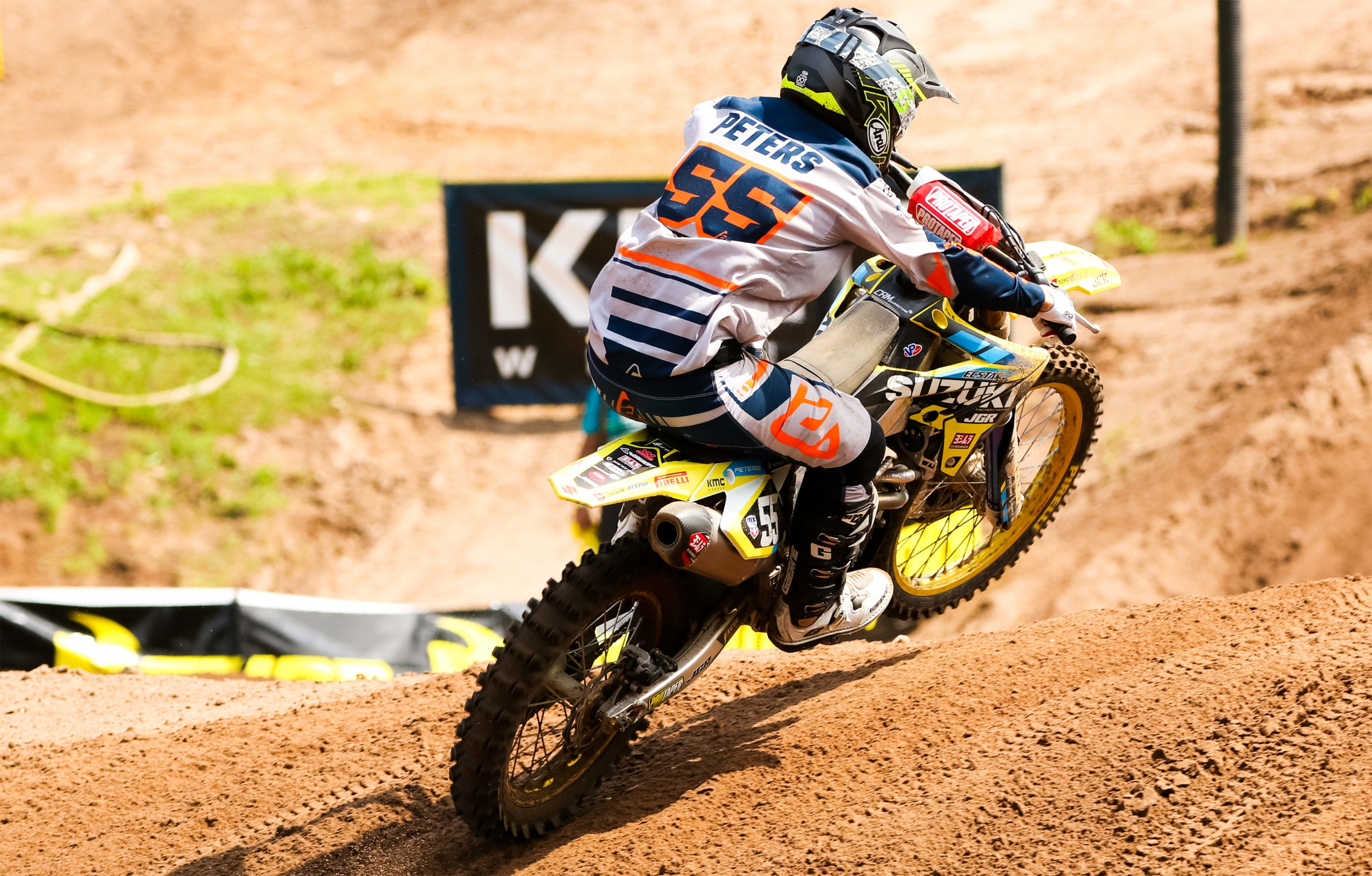 Kyle Peters (#55) fought hard on his RM-Z250 at Southwick National