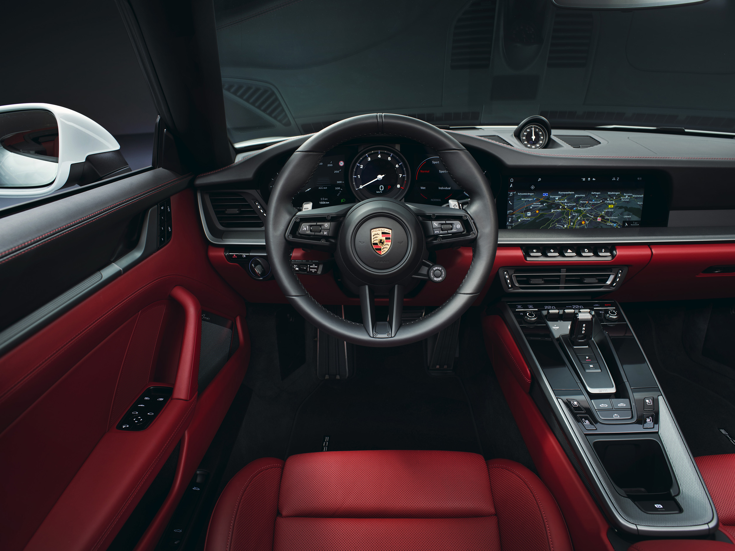 Strong addition- The 2020911 Carrera Cabriolet