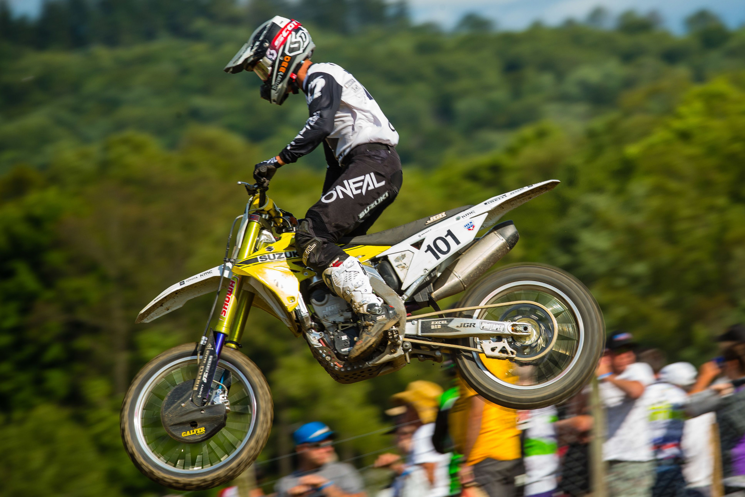 Freddie Noren (#101) fought-hard on his RM-Z450 to continue his points standing in the top-ten
