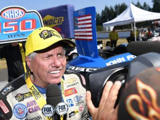 Funny Car - John Force - 150th WIN - Magic Dry Organic Absorbent NHRA Northwest Nationals