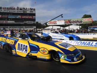 Funny Car - Ron Capps - Lucas Oil NHRA Nationals action
