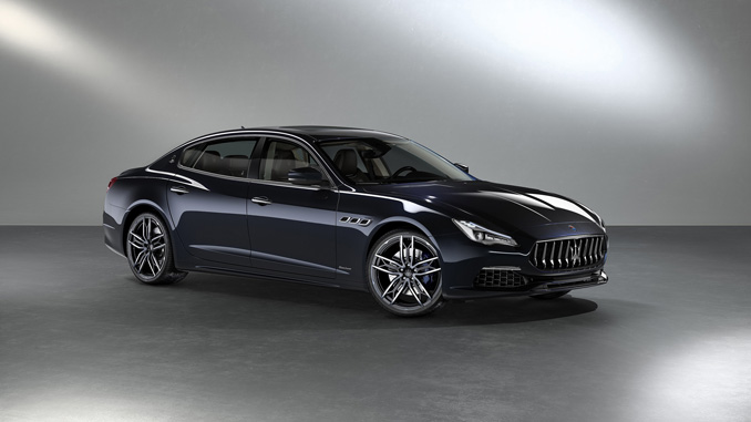 Monterey Car Week - Limited Edition - Maserati Quattroporte S Q4 GrandLusso Sedan Exterior: Blu Sofisticato metallic Interior: Dark Brown Zegna PELLETESSUTA™