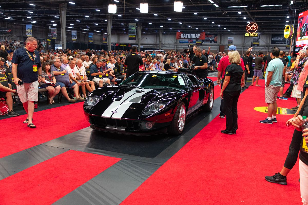 Mecum Harrisburg - 2005 Ford GT Supercharged 5.4L:550 HP, 60 Miles (Lot S75.1)
