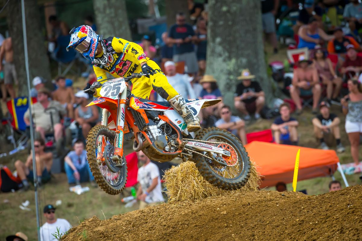 Musquin's consistent 3-3 moto scores placed him third overall on the day - Budds Creek