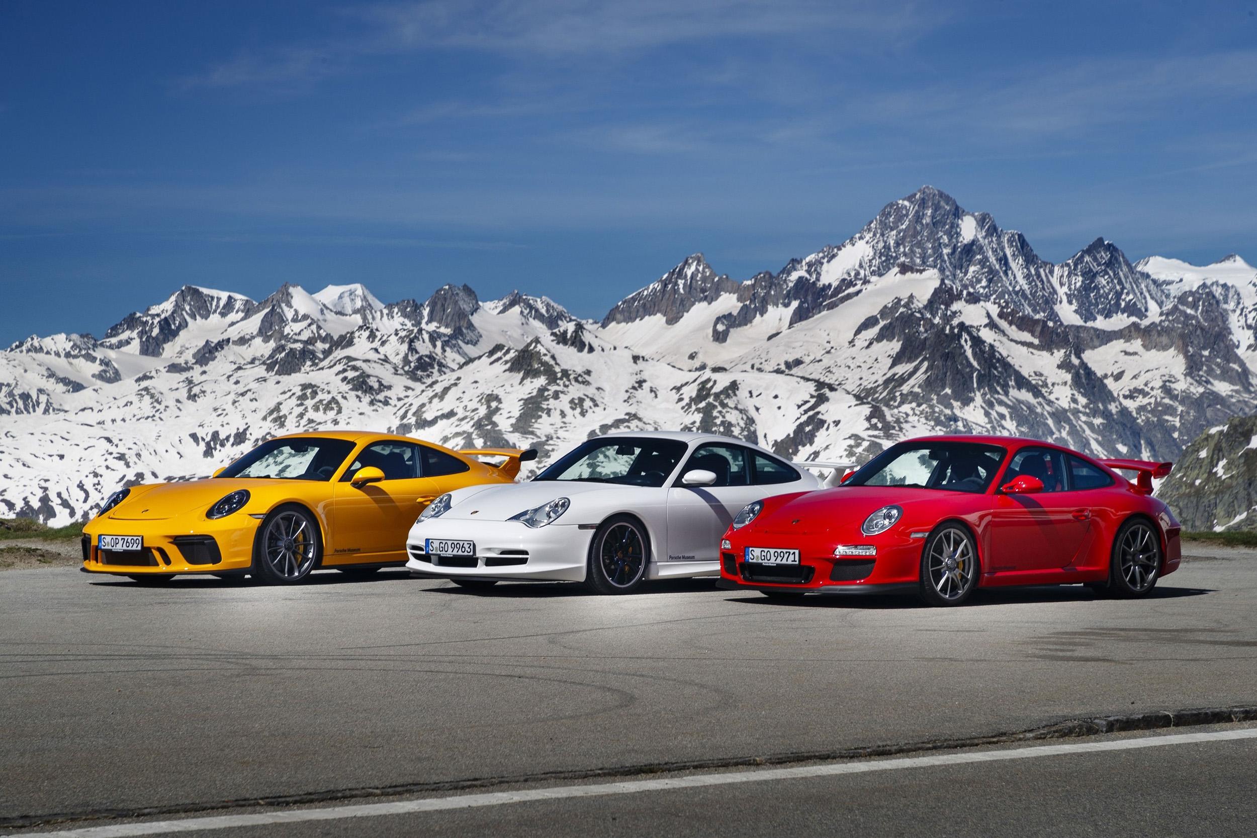 Porsche 911 GTS generations