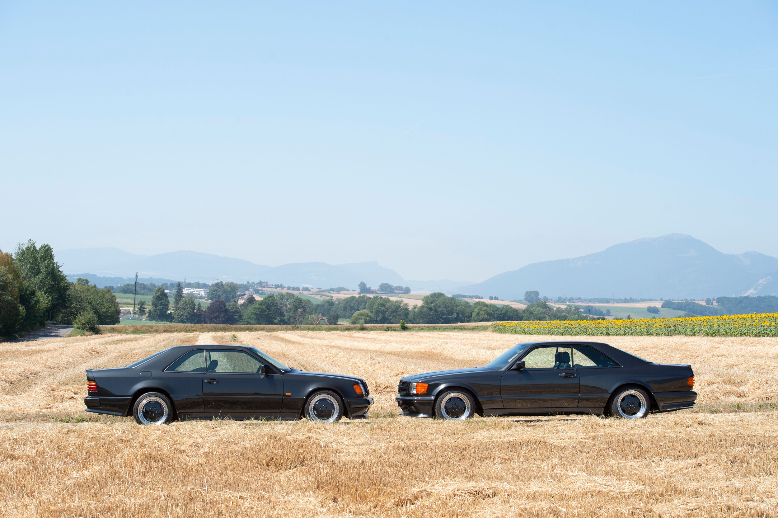 190905 The1992 Mercedes-Benz 300 CE 6.0 AMG 'Hammer' and 1991 Mercedes-Benz 560 SEC AMG DOHC 6.0 'Wide-body' (Credit - Tom Wood © 2019 Courtesy of RM Sotheby's)