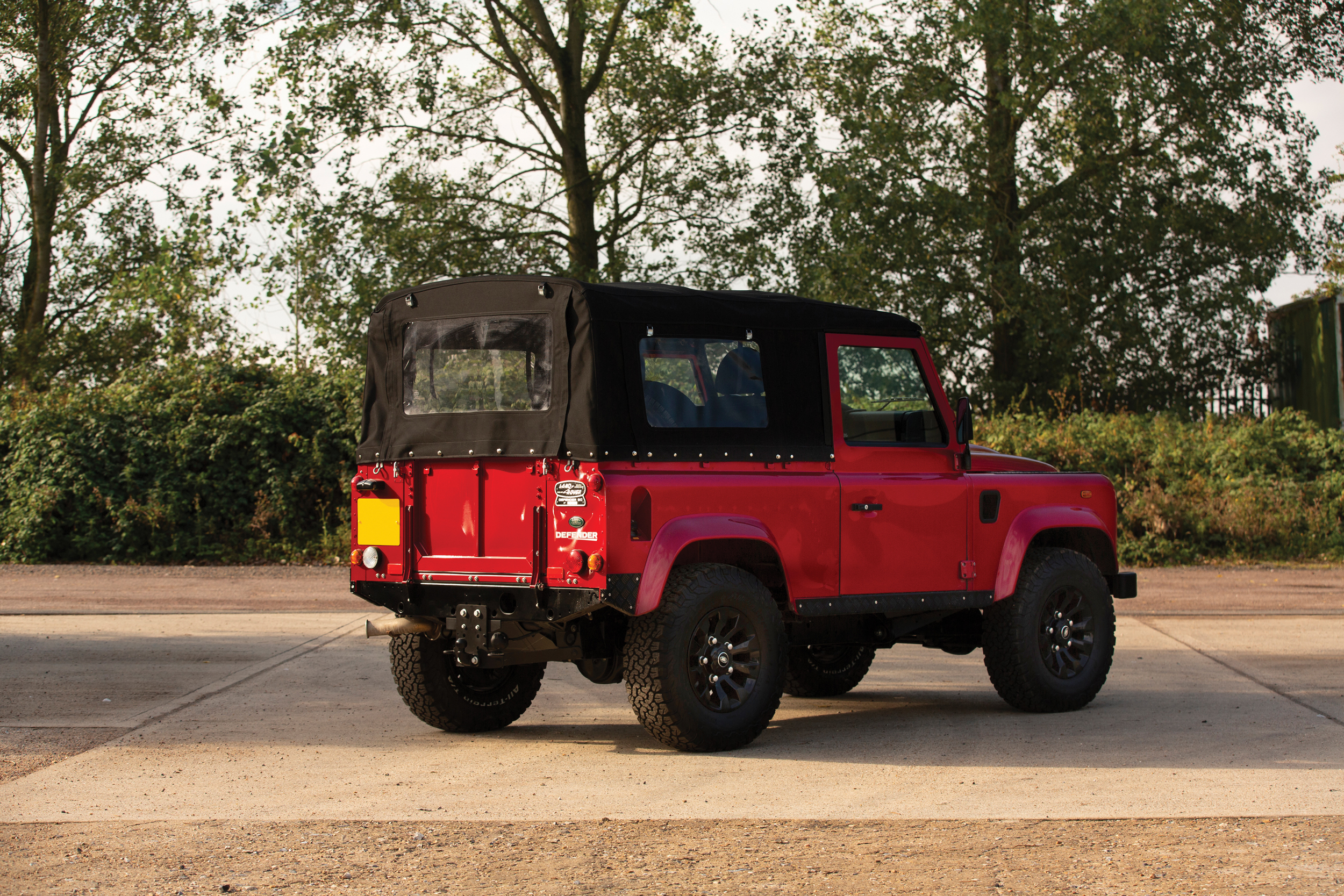 190928 2013 Land Rover Defender - RM Sothby's London Sale