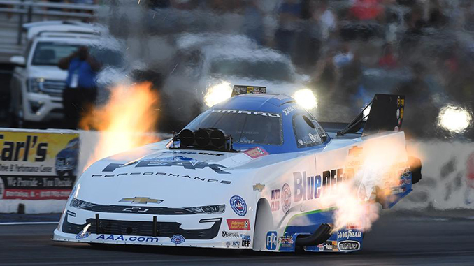 Funny Car - John Force - AAA INSURANCE NHRA MIDWEST NATIONALS action [678]