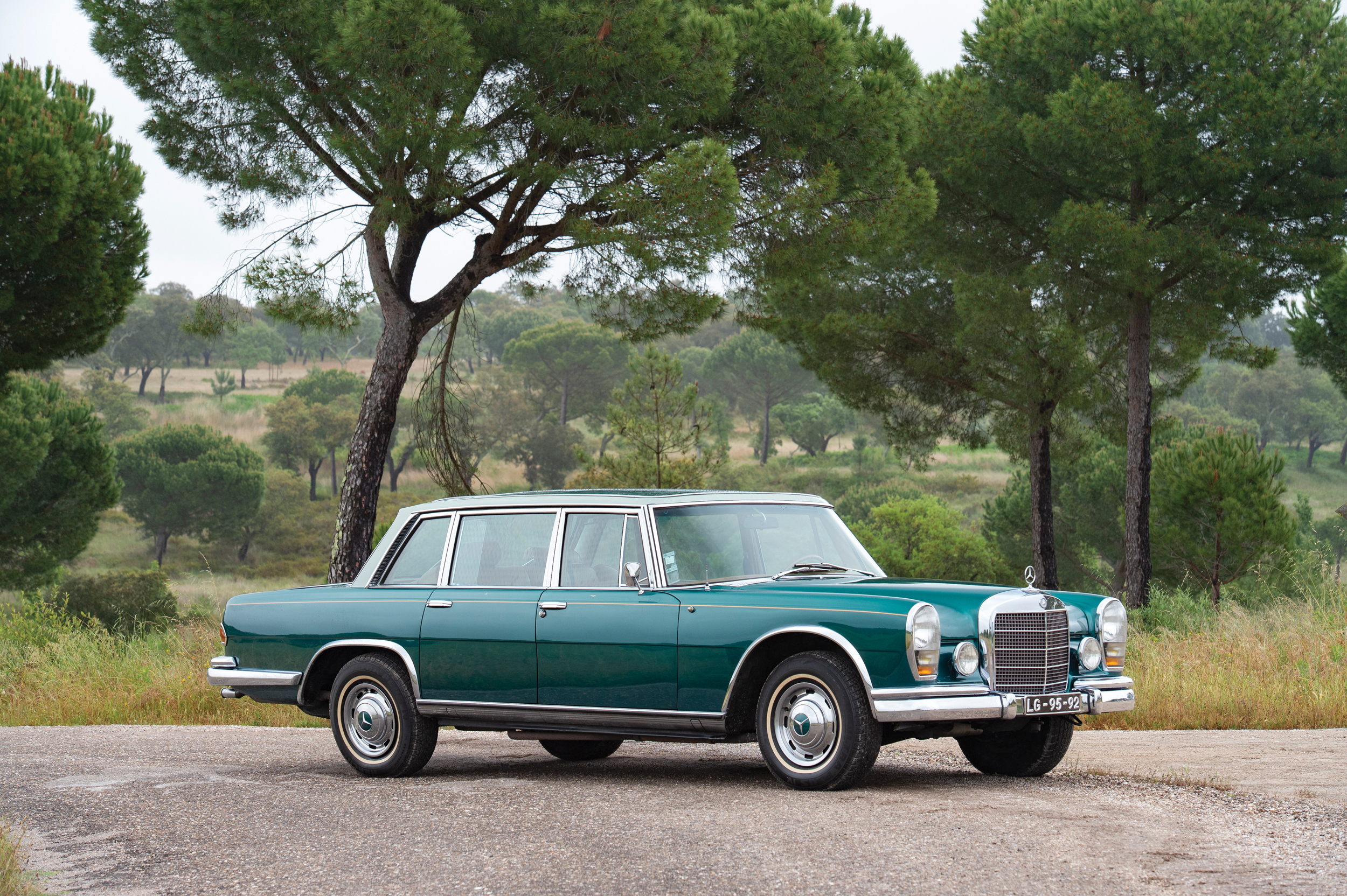 Sarragga Collection - 1966 Mercedes-Benz 600 Sedan (Tom Gidden © 2019 Courtesy of RM Sotheby's) [4]