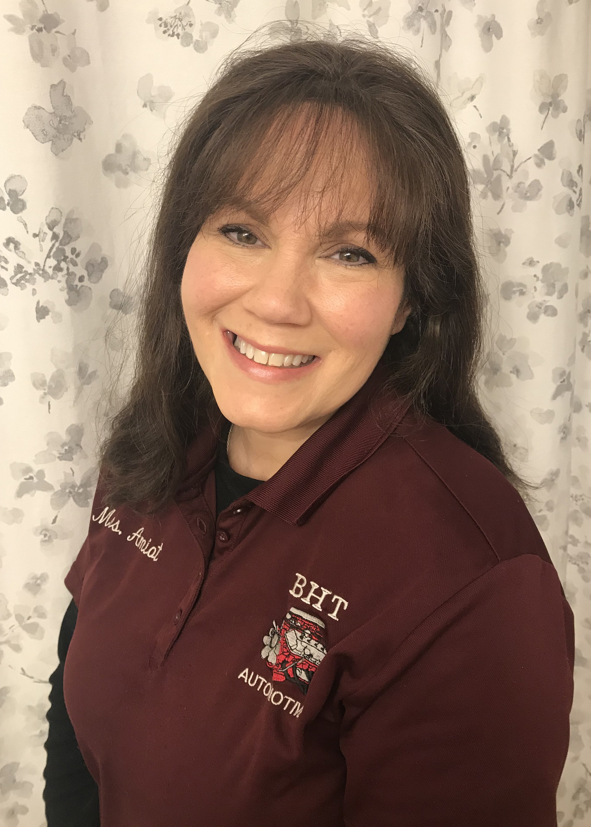 191009 SEMA Recognizes Automotive Educators - Roxanne Amiot from Bullard-Havens Technical High School in Bridgeport CT [1]