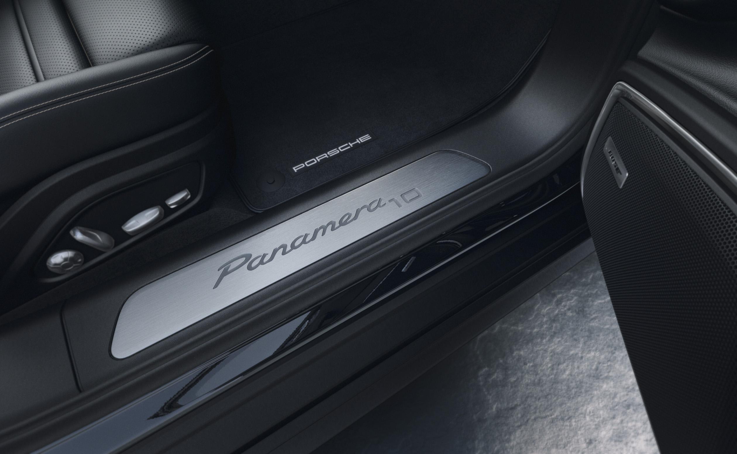 Porsche Panamera 4 10 Years Edition [5]