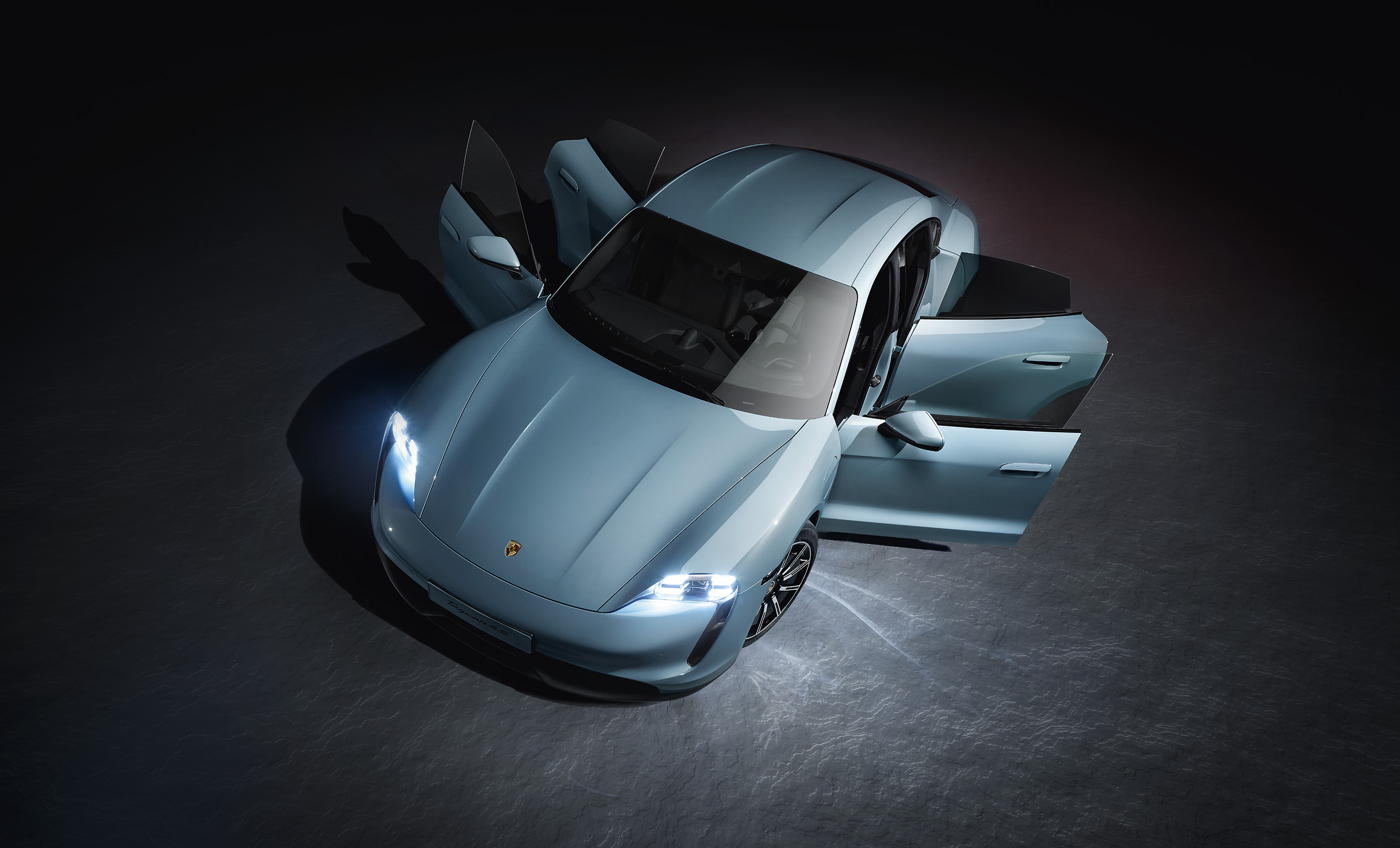 Porsche adds the Taycan 4S to the electric family [4]