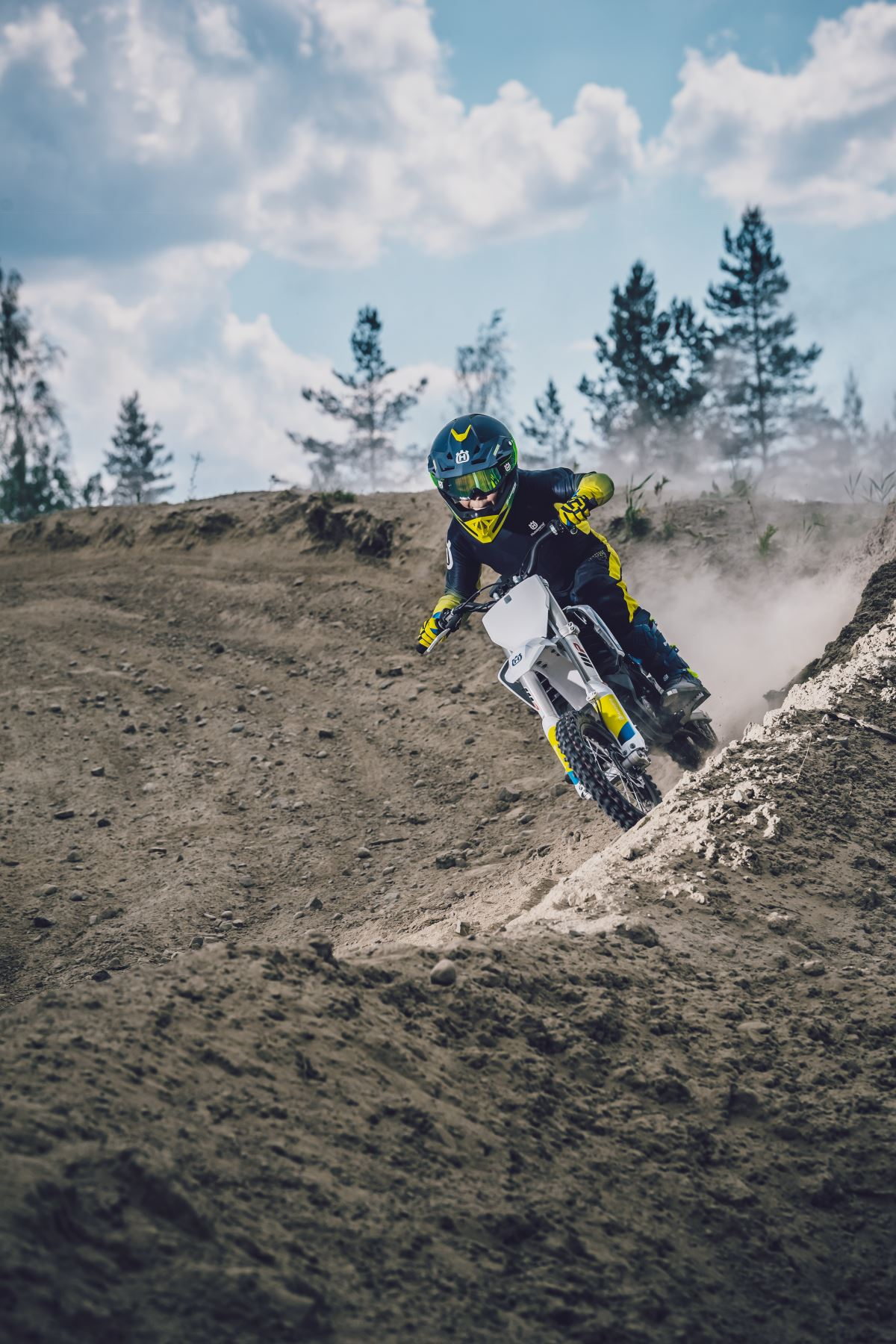 191122 Husqvarna Motorcycles EE 5 Eligible for 2020 AMA Amateur National Motocross Championship [2]