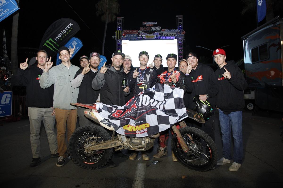 SLR Honda Dominates Baja 1000 [3]