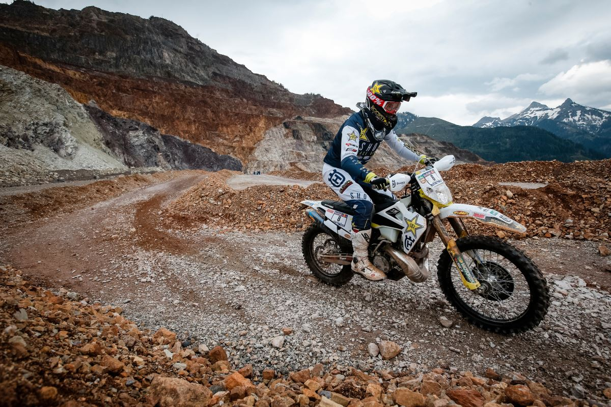 191216 Husqvarna Motorcycles Extend Contract with Alfredo Gomez [3]