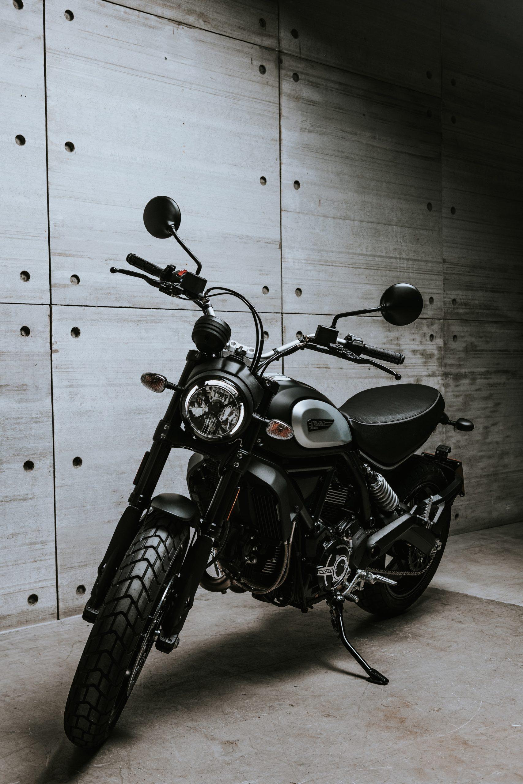 2020 Ducati Ducati Scrambler Icon Dark - The Motorcycle Shows