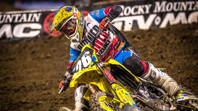 Alex Martin (#26) charges to a top-five finish on his RM-Z250 during the main [678]