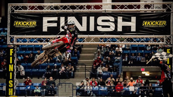 Kyle Peters taking the checkered flag and the win in the 450 Pro Sport Main Event. (Photo- Jack Jaxson) [678]
