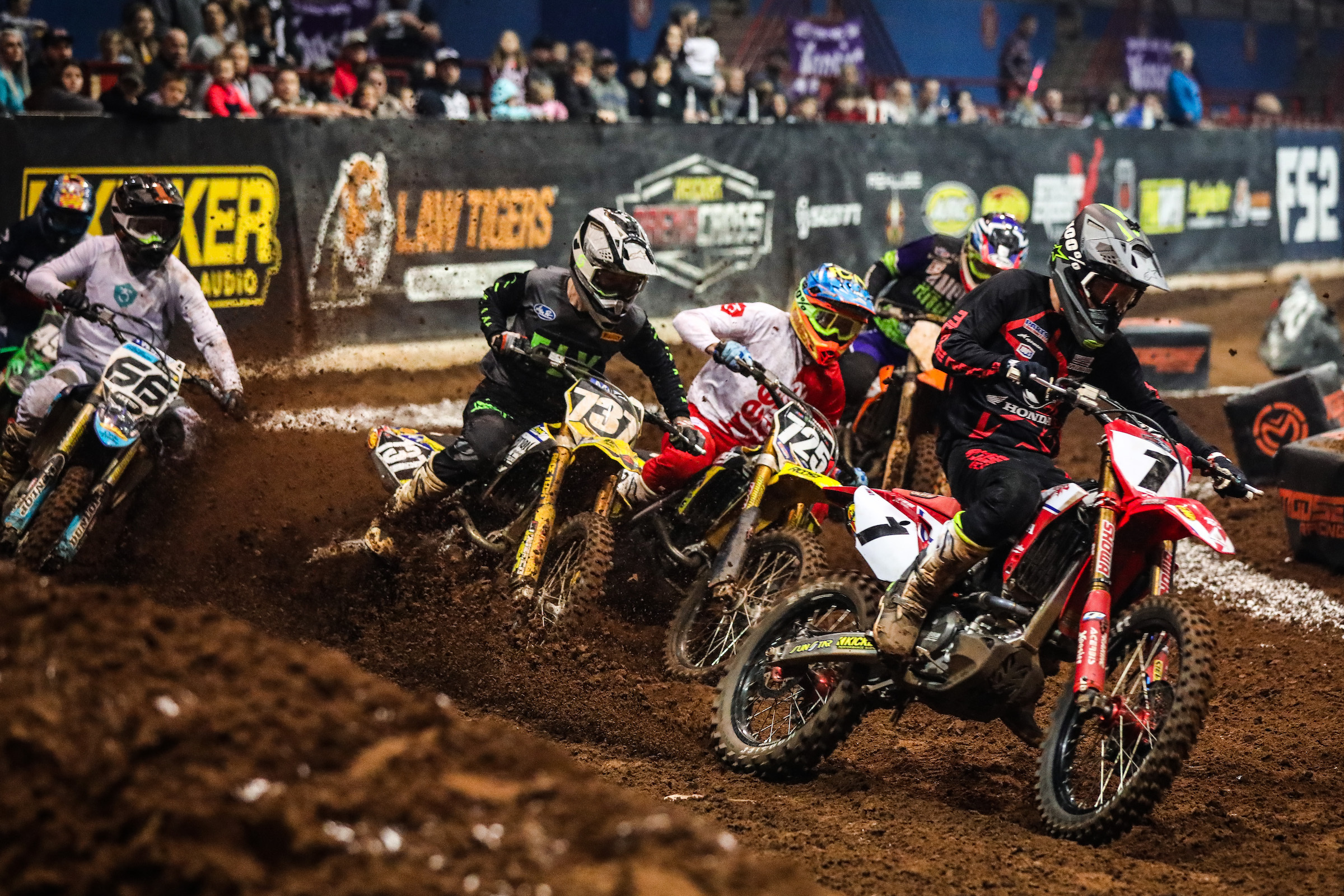 The 450 Pro Main class in Round 5 was a tight battle. (Photo- Jack Jaxson)