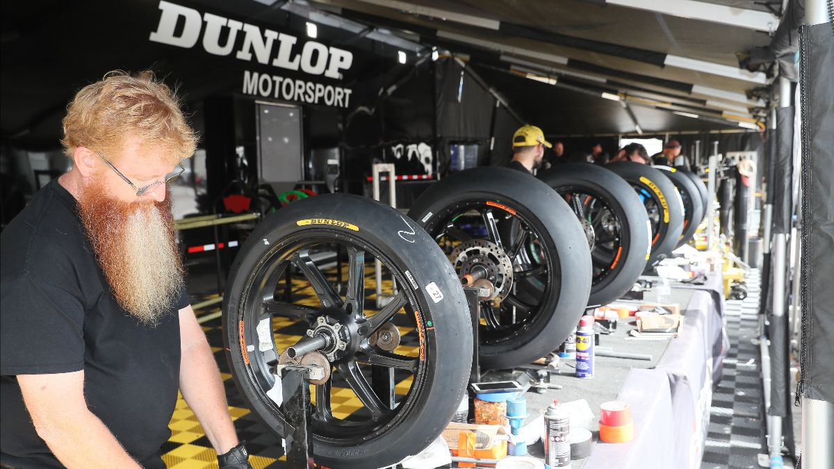 200203 Three More Years- Dunlop On Board Again As Spec Tire For MotoAmerica Series