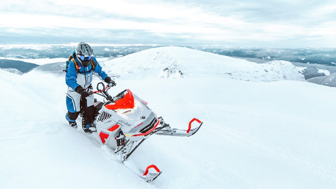 200213 Ski-Doo Maintains Focus on Cutting-Edge Innovation and Wows the Crowd at Club BRP [678]