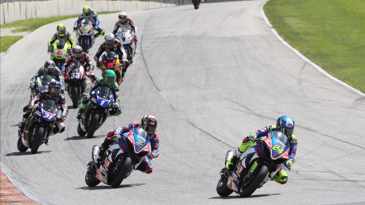 The MotoAmerica Superbike grid has grown for 2020 and will feature at least 19 riders:bikes. Photo by Brian J. Nelson
