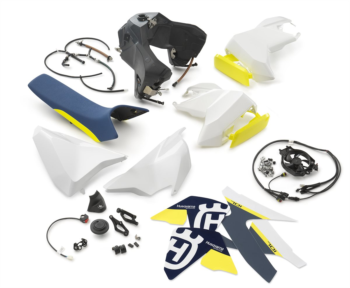 Husqvarna 701 - ADDITIONAL FUEL TANK KIT (2)