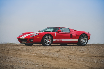 200331 2006 Ford GT (Darin Schnabel ©2020 Courtesy of RM Sotheby's)