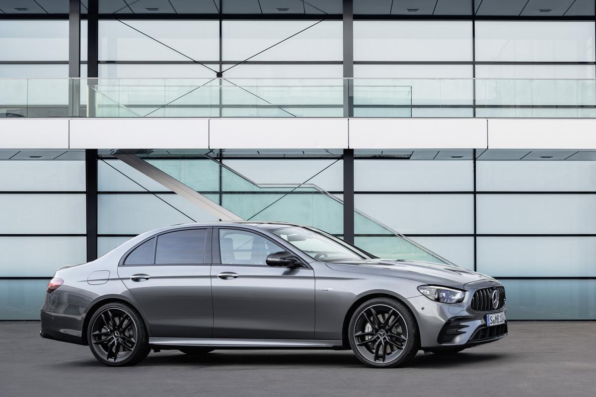 2021 Mercedes-AMG E 53 Sedan [3]