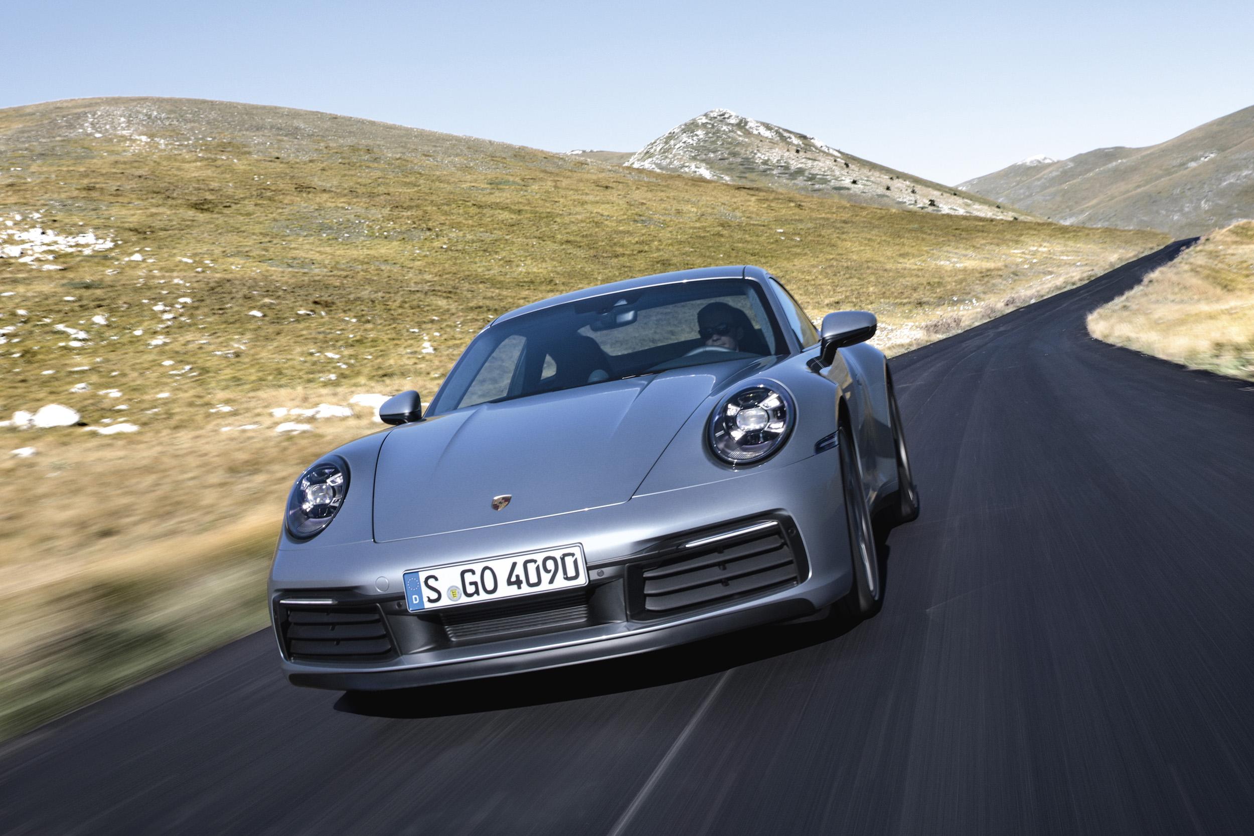 200411 The Porsche 911 has already won multiple awards so far (3)