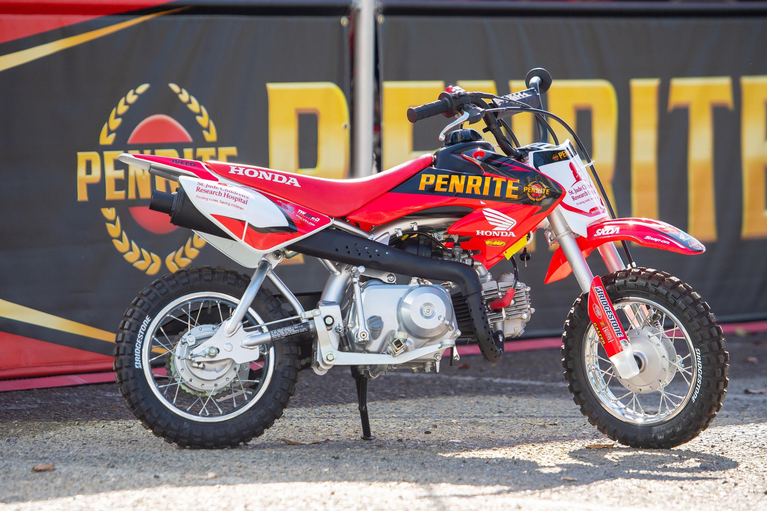 200501 St. Jude - Penrite Honda, competing in the Western Regional 250SX Class donated this Penrite Honda CRF50 team replica bike