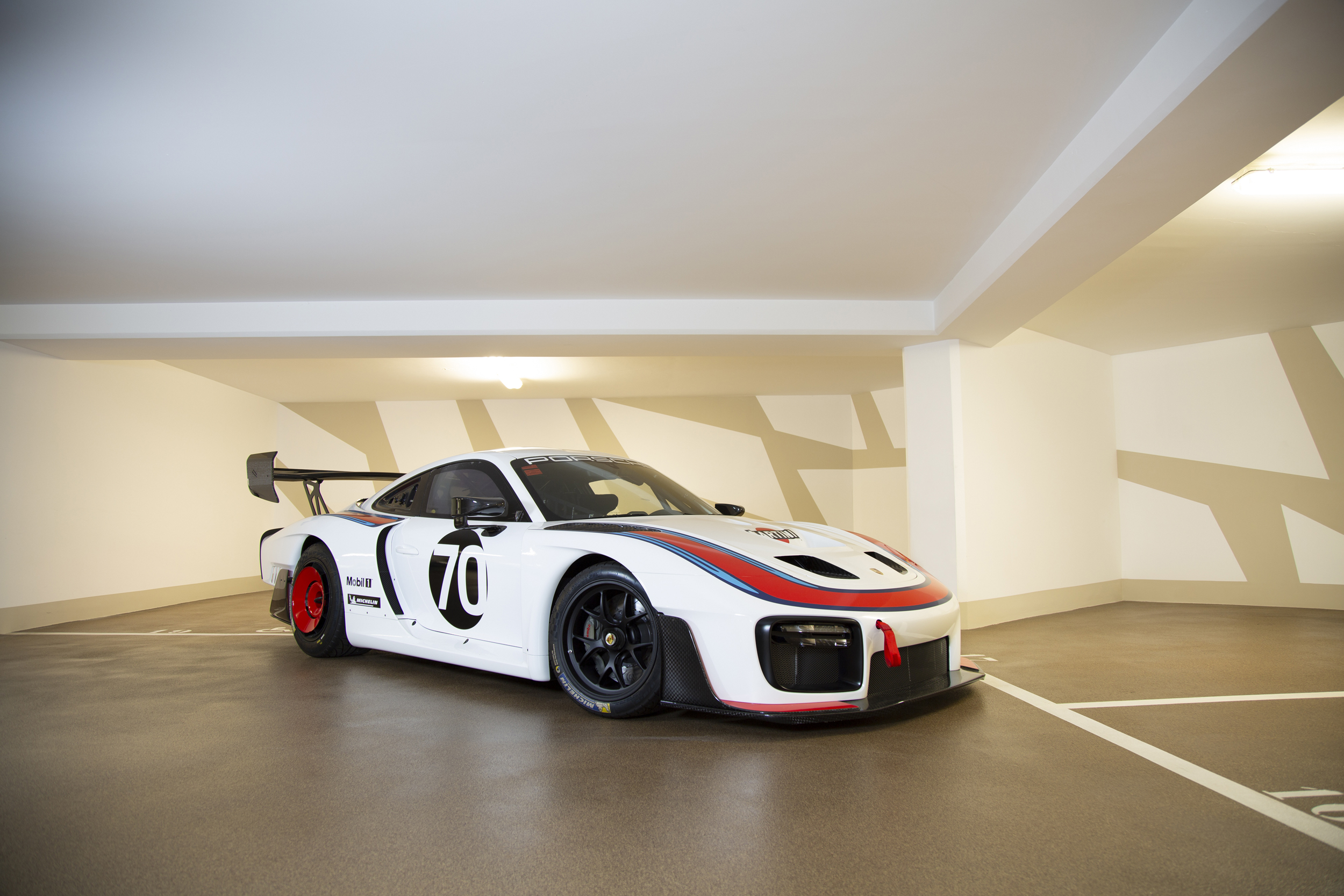200526 2020 Porsche 935 Martini (Credit - Raphael Belly © 2020 Courtesy of RM Sotheby's (1)