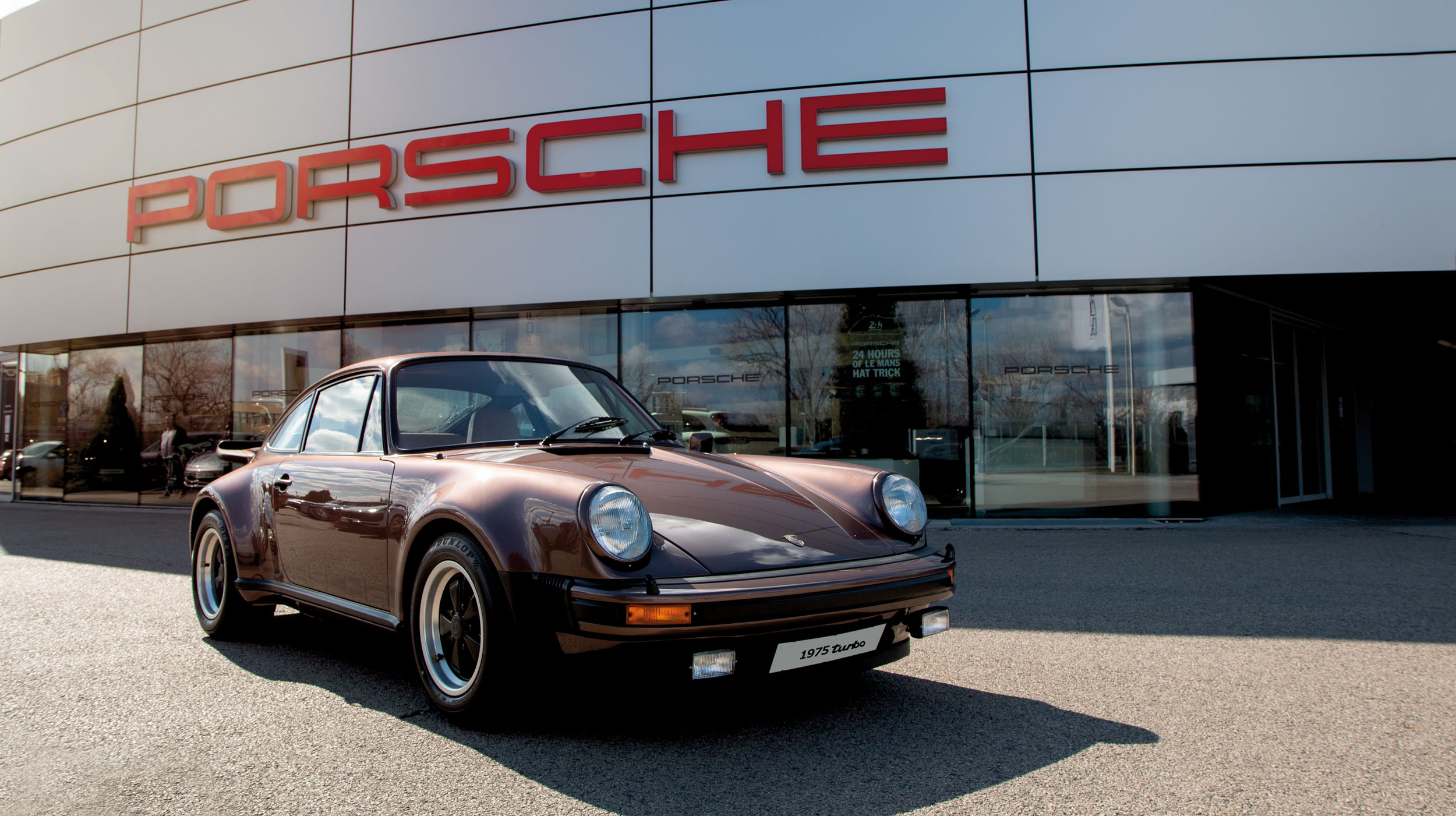 1975 Porsche 911 Turbo Carrera (Credit – Reka Szorenyi ©2020 Courtesy of RM Sotheby's) (6)