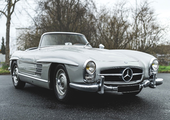 200612-1958-Mercedes-Benz-300-SL-Roadster-(Credit-–-Diana-Varga-©2020-Courtesy-of-RM-Sotheby's)-(5)