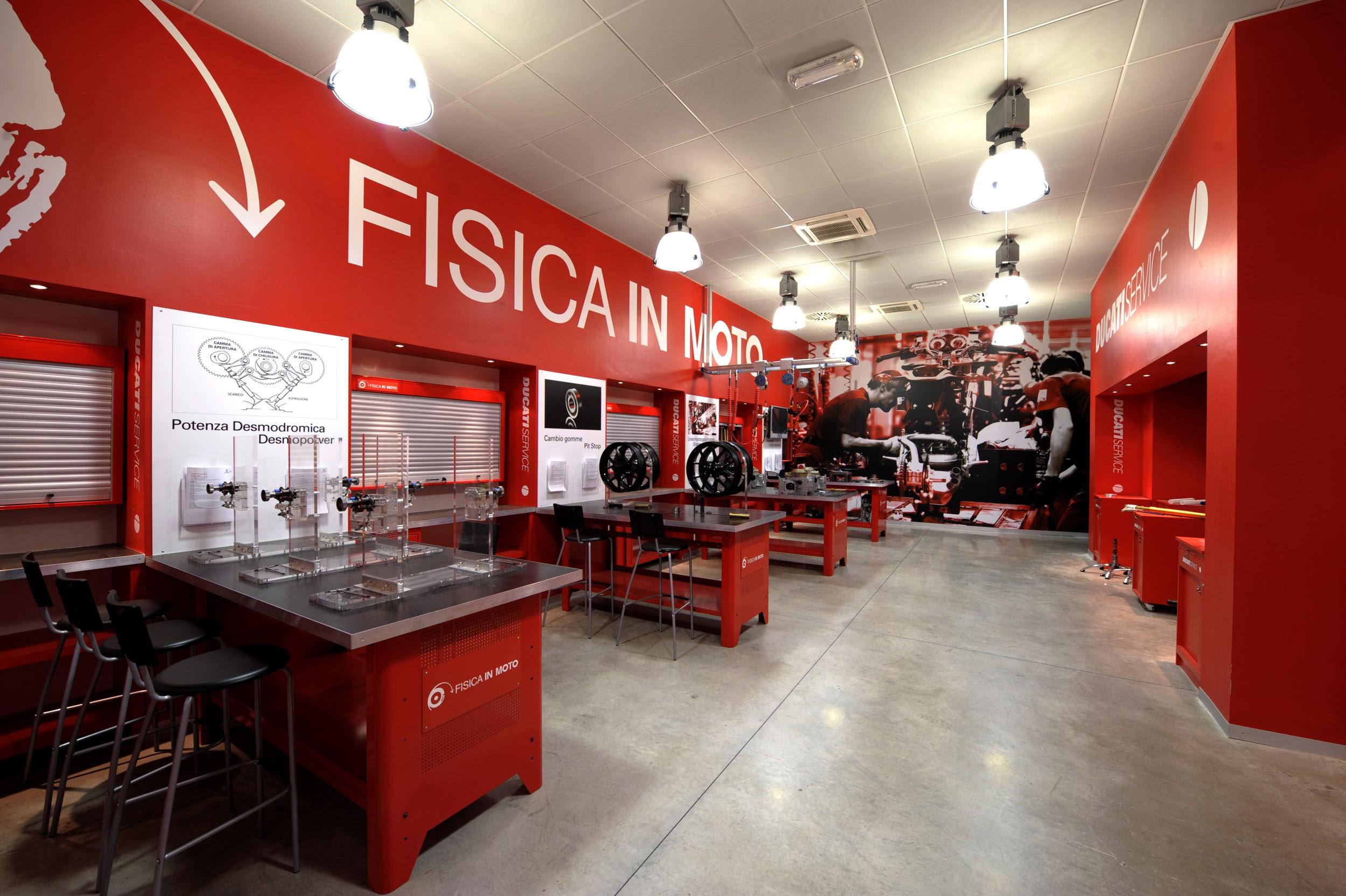 200630 Fisica in Moto laboratory (1)