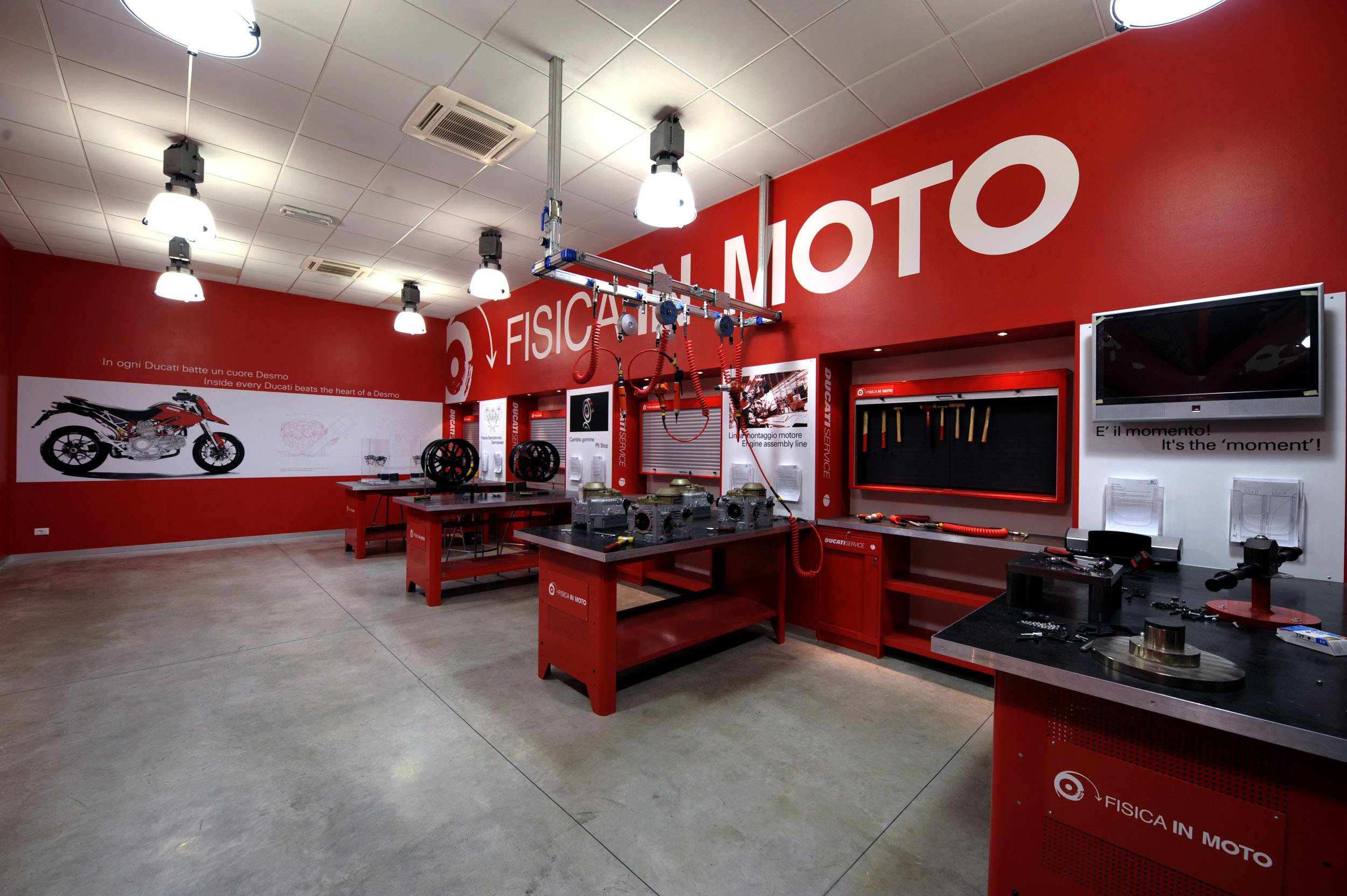 200630 Fisica in Moto laboratory (3)