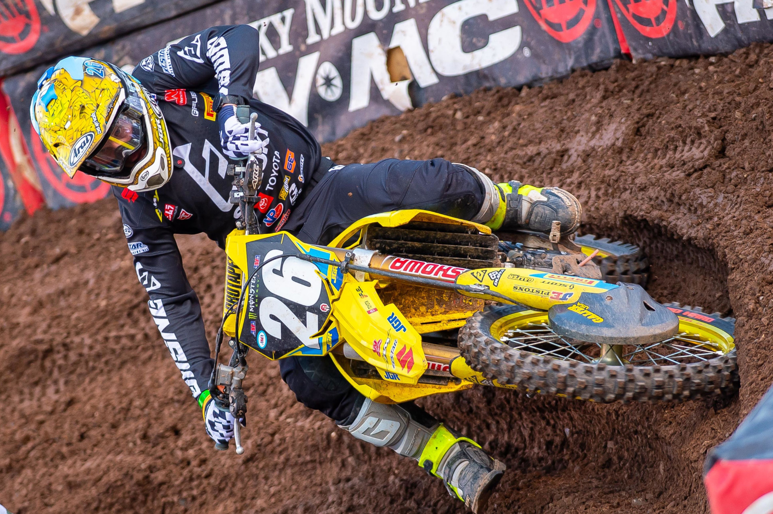 Alex Martin (#26) battles his way through the points standings in the 250 West Championship