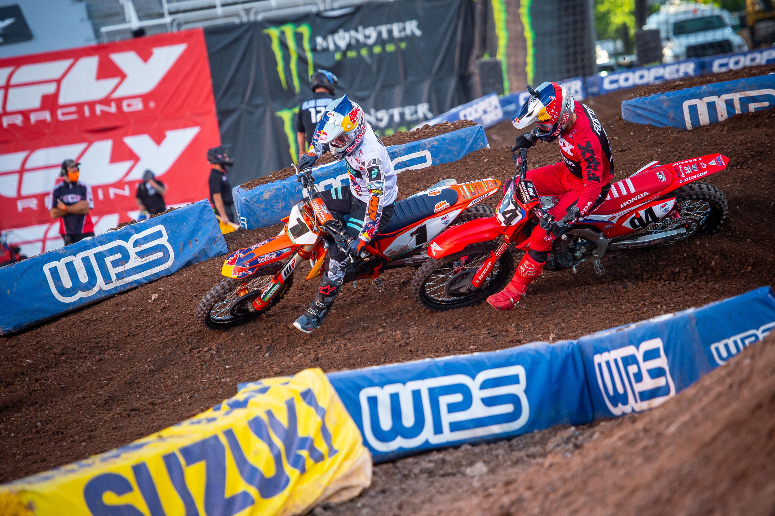 Cooper Webb held off an intense, multi-lap attack from Ken Roczen in the early laps to earn his third win of 2020. Photo Credit- Feld Entertainment, Inc