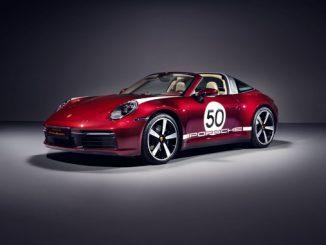 Porsche 911 Targa 4S Heritage Design Edition - front side (678)
