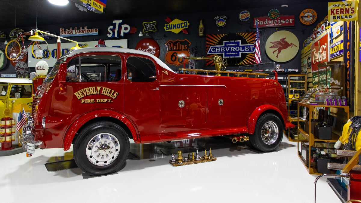 200708 Mecum Auctions - 1941 Kenworth Fire Truck (Lot V44) sold at $209,000