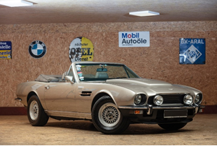 200713 1978 Aston Martin V8 Volante (Credit – Peter Singhof © 2020 Courtesy of RM Sotheby's)