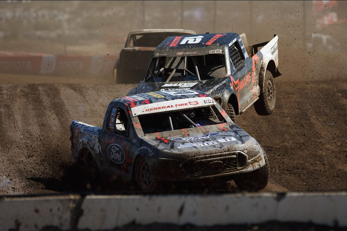 200729 Christopher Polvoorde (front) made the first statement of the Pro Lite season with a victory on Saturday