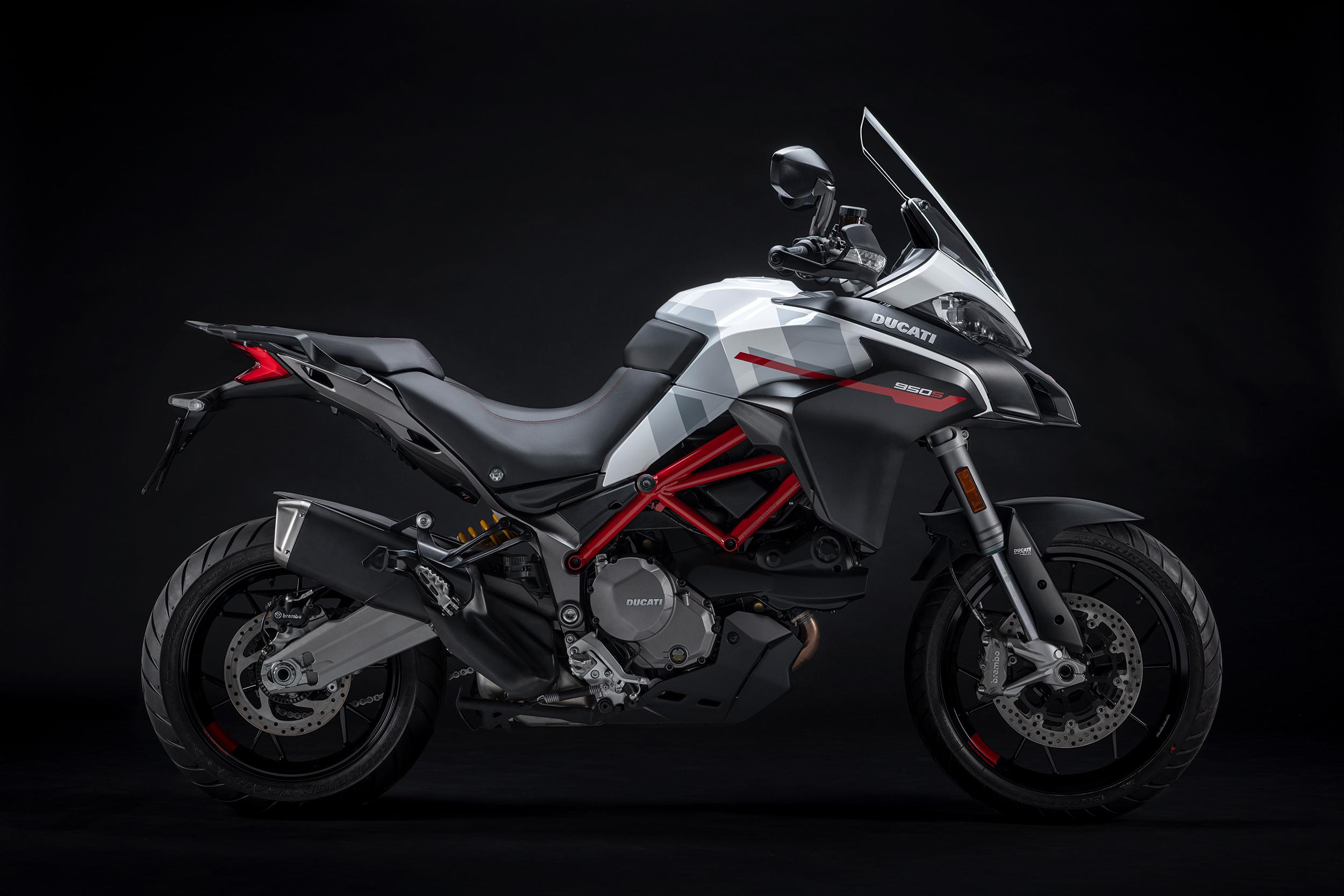 2021 Ducati Multistrada 950 S (1)